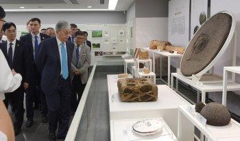 Президент Қытай Ұлттық шай музейін аралады