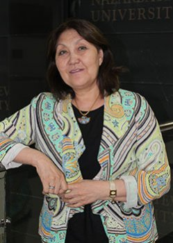Жаңыл ЖОНТАЕВА, Назарбаев университеті қосымша білім беру департаментінің директоры:  «Мұғалімнің миссиясы – баланы бақытты ету»