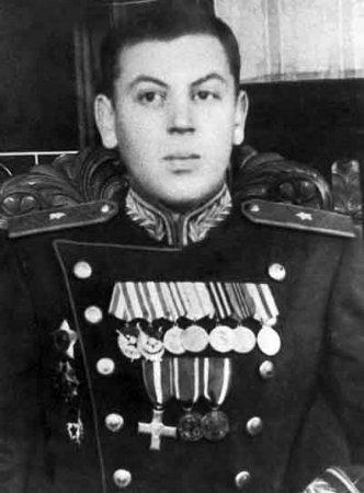 Василий Сталиннің қайғылы тағдыры