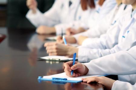 ҚР ДСМ: Эпидемиолог мамандарды даярлау бойынша мемлекеттік білім тапсырысы 40 процентке артады